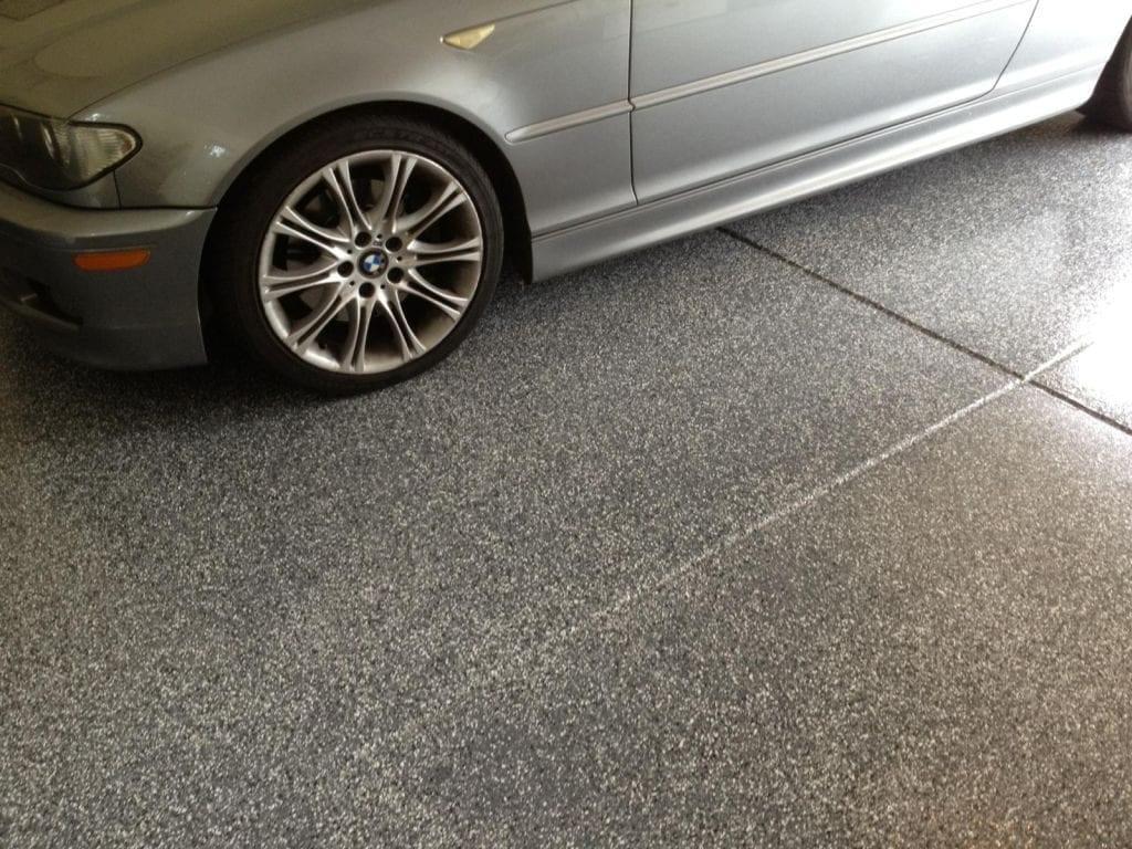 Gray Garage Flake Floor