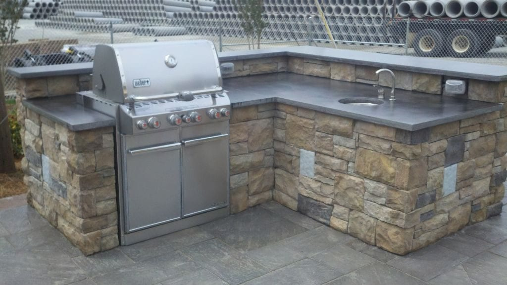 Light Gray Outdoor Kitchen Concrete Countertop